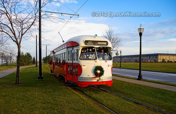 A photo of a Kenosha Trolley car in Harborpark